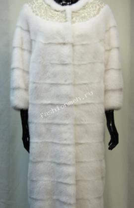 Пальто женское  из скандинавской белой норки SAGA, отделка кружевом