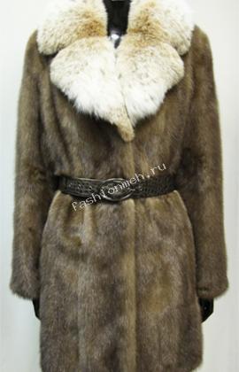 Пальто женское  из русской норки «Пастель», с воротником из русской рыси